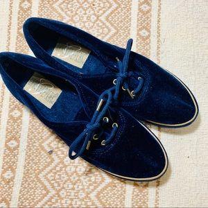 {GRASSHOPPER KEDS} Blue Velvet Sneakers